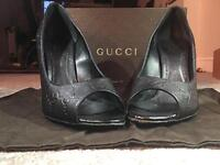 Gucci All Black Guccissima Soft Size 6