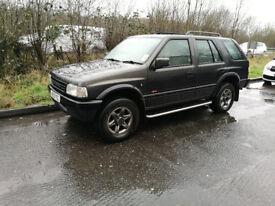 1996 vauxhall frontera 4X4 2.2 petrol manual - repair or spares