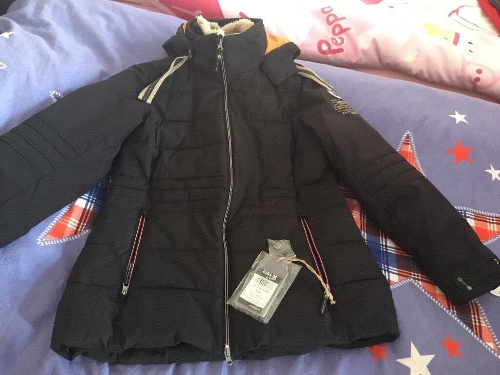 Winter jacket, brand new , size 16(42)