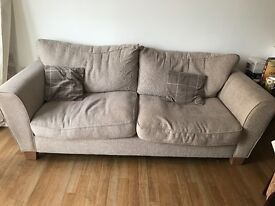 COLLECTION ONLY: 4 SEATER COMFORTABLE SOFA SEMI USED NO RIPS OR TEARS. URGENTLY REQUIRES NEW HOME