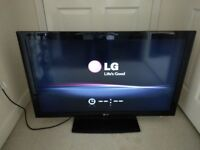 LG 42LD490 42-inch 1080p Full HD LCD TV with built in Freeview HD