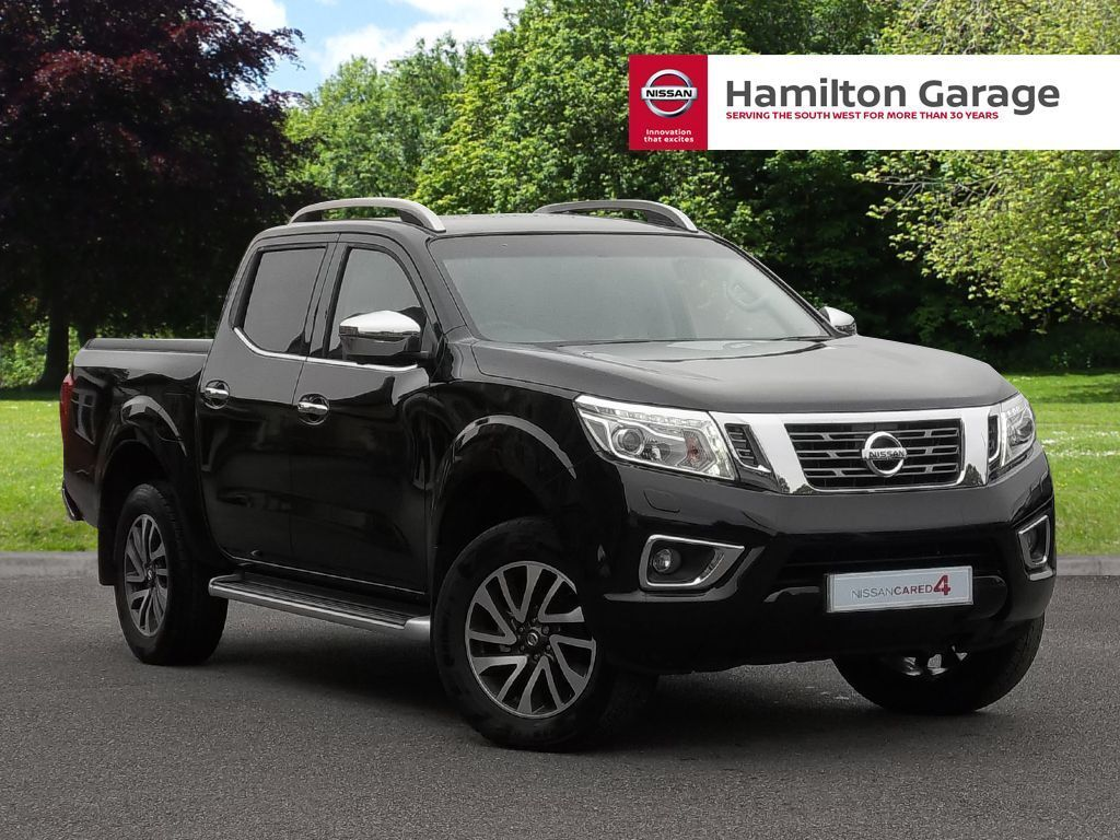 nissan navara double cab pick up tekna 190 4wd auto black 2016 in sidmouth devon. Black Bedroom Furniture Sets. Home Design Ideas