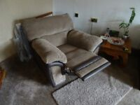 3 Seater Sofa+Power reclining chair as new