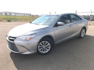 2017 Toyota Camry LE-AUTO-BACK UP CAM