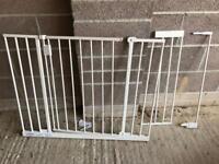 Safetots extra wide hallway gate