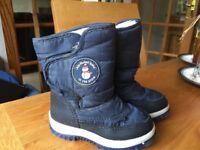 Jo jo maman Bebe snow boots size 26/9