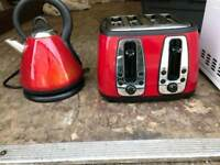 red gloss keetle And toaster £49