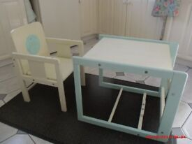 YOUNG CHILD'S FIRST DESK / WORK STATION + CHAIR : SUIT 2.5 - 5 YEAR OLD