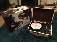 GPO Ambassador Stand alone Turntable with Bluetooth & Built in speakers Cream and Tan