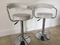 2 White Faux Leather Bar Stool – Gas Action