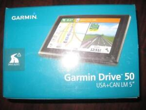 "Garmin Drive 5"" GPS Navigator. 50LM. US Canada Maps. Dual Orientation. Lane Assist. Life Time Map Update. Real Direction"