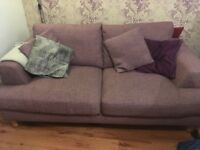 Lovely sofa from Oakland furniture vgc