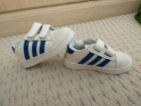 *Brand New* *rare* Stan Smith Adidas UK 4.5 Toddler/Kids/Infant Trainers