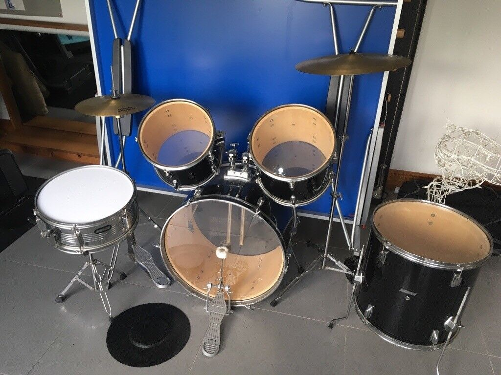 7 Piece 2000 Pro Vintage Drum Kit For Sale In Black And Silver