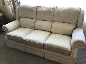 3 Seat & 2 Seat Sofa + Recliner