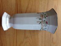 ETERNAL BEAU (Johnson Brothers) Vase
