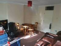 2 bed flat Woolwich 1250pcm