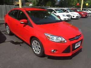 2012 FORD FOCUS SE- REMOTE START, POWER MIRRORS & WINDOWS, SECUR