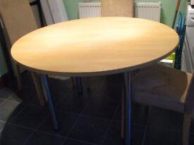 120cm (4ft) diameter Round Table