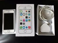 I Phone 5s 32 Gb Silver in Excellent condition. Unlocked.