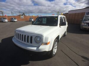 2011 JEEP PATRIOT NORTH 4X4- ALLOY WHEELS, CRUISE CONTROL, KEYLE Windsor Region Ontario image 9
