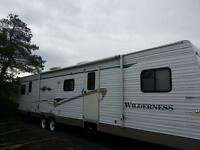 2004 WILDERNESS 40FOOT IN EXCELLENT CONDITION