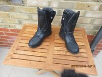Motor cycle boots as new.