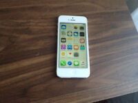 iPhone 5 16gb unlocked to all networks all sim cards excellent condition
