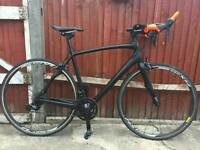 Matt Black Specialized Roubaix SL4 Carbon fibre Road bike with Optional aero bars Like new RRP £1300