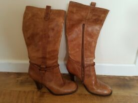 Ladies size 8 leather boots