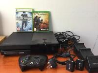 Xbox one 1tb with accessories