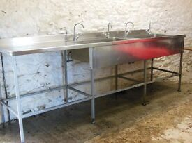 Large Double Sink with Drainer