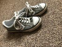 Boys converse trainers 11