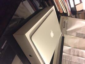 Apple MacBook Air 11' 2016 model