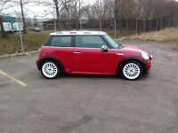 mini in red very good condition