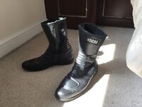 Black used motorbike boots IXS size 11/12 - good condition