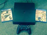 PlayStation 4 500gb slim plus games