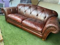 SOFA CHESTERFIELD-THOMAS LLOYD