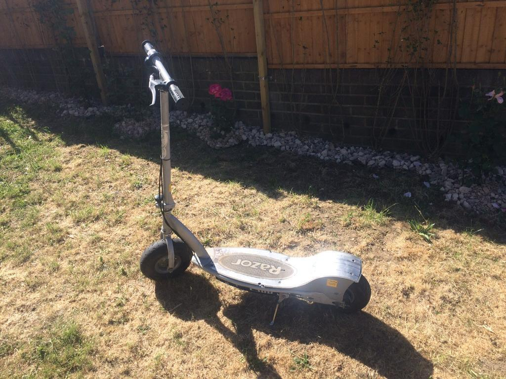 Razor e electric battery scooter in greenford london gumtree JPG 1024x768 Razor  e300 electric scooter manual