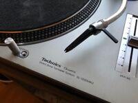 Xone23 mixer + 2 Technics 1200 with needles
