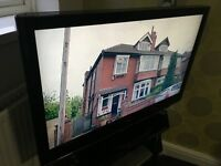LG 42' LCD 1080p Hdmi Usb TV With Freeview Remote Control Base Stand