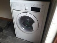 GLASGOW SOUTHSIDE INDESIT WASHER DRYER £100 1 year old