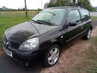renault clio 1.2cc 3dr black 8 months mot 2006 cheap insurance car