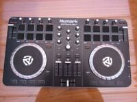 Newmark Mixtrack DJ Decks