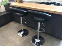 2 x breakfast bar stools - London Canary Wharf