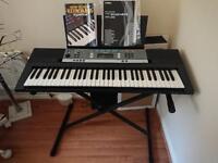 Yamaha Ypt 240 keyboard and stand