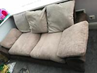 2 and 3 seater sofas, good condition. Light weight and good qauity