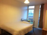 Room in Leeds city center all inc
