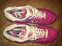 Size 6 new balance trainers