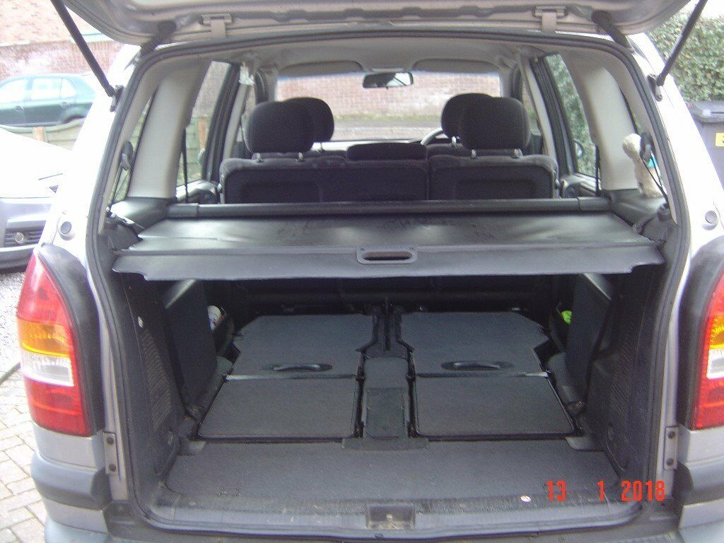 Vauxhall Zafira 2002 Club Black Retractable Parcel Shelf